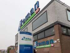 Oud-directeur Breman in Genemuiden sjoemelde met facturen in tapijtfraudezaak, maar voor hoeveel?