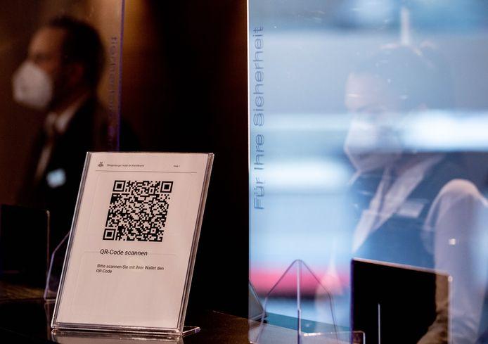 Met een QR-code inchecken in een hotel in Berlijn.