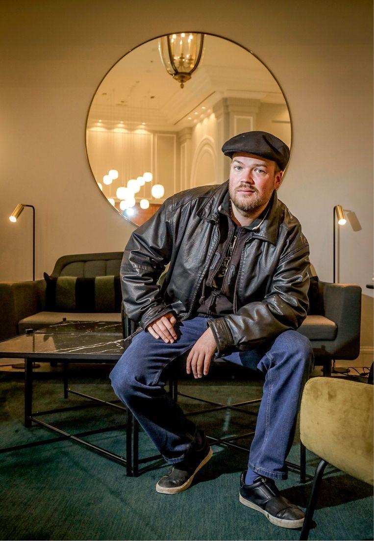 Auteur Niko Vorobyov: 'Veel kleine drugsbendes zullen in de problemen raken omdat hun aanvoer wordt verstoord. We kunnen dus nog meer bendeoorlogen en geweld verwachten.' Beeld