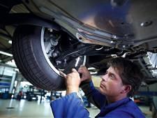 'Mijn auto staat stil: kan ik uitstel van apk of korting op de wegenbelasting krijgen?'