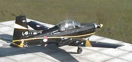 Militair vliegtuig maakt voorzorgslanding op vliegveld Midden-Zeeland