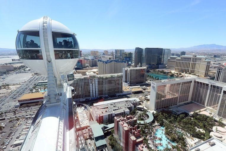 Het uitzicht vanaf het hoogste reuzenrad ter wereld, The High Roller in Las Vegas Beeld Ethan Miller