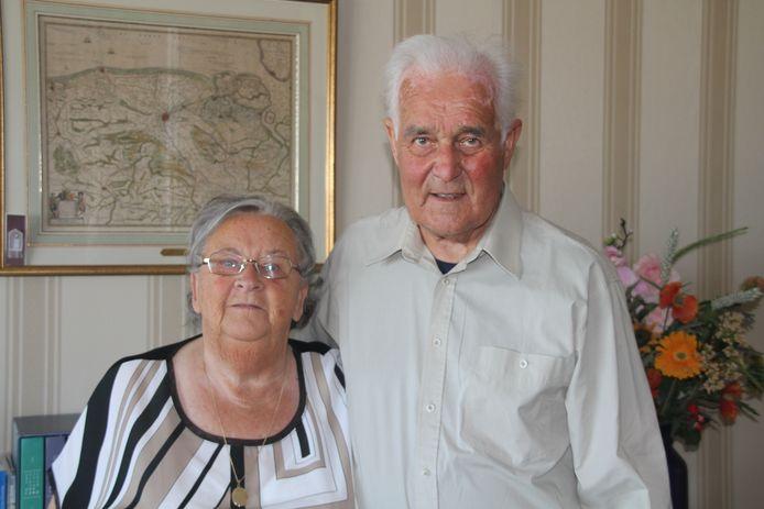 Piet van Cruiningen en Corrie Bril zijn 65 jaar getrouwd