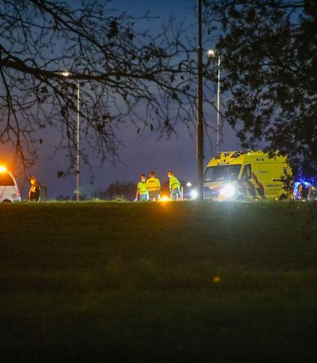 Hulpdiensten rukken massaal uit voor scooterrijder op snelweg bij Apeldoorn