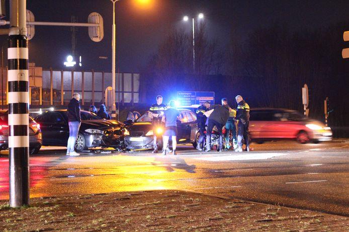 Gewonde na aanrijding met twee auto's op kruising in De Meern
