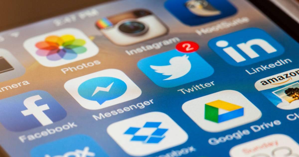Wist jij dit? Zo snel kan je icoontjes op je iPhone naar een ander scherm verplaatsen - AD.nl