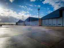 Teststraat voor corona op vliegbasis Valkenburg