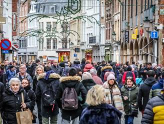 """WK-brug keert terug tijdens 16 (!) shoppingdagen in eindejaarsperiode in Brugge: """"Veiligste manier om Ring aan station over te steken"""""""
