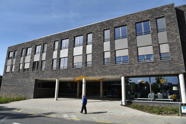 Het vernieuwde woonzorgcentrum Sint-Antonius opende afgelopen weekend de deuren.