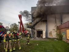 Politie sluit brandstichting Stilohal Zwolle niet uit en zoekt getuigen
