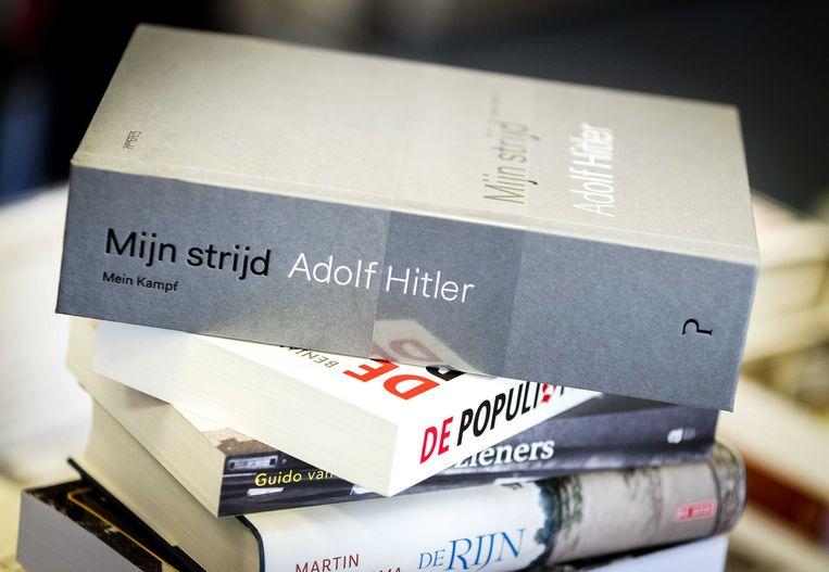 Mijn Strijd van Adolf Hitler komt deze week binnen op plek 17 in de CPNB Bestseller 60. Beeld null