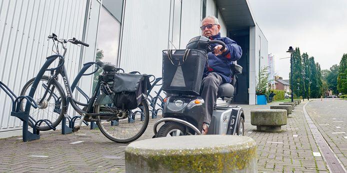 Bestuurslid Antoon Buiting van Stichting Toegankelijk Meierijstad.