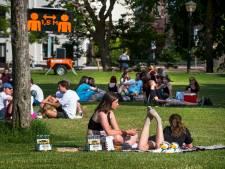 Zo gaat het eraan toe in Utrechtse parken: 'Donker, muziek harder, en dan springen rond die kratjes!'