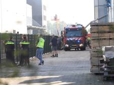Brand in bedrijfspand in Schijndel: brandweer met groot materieel aanwezig