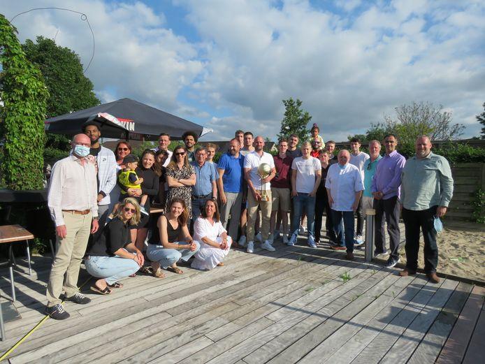 Basketbalclub Oostende toostte op de tiende titel in het Roeselaarse restaurant 't Vosken