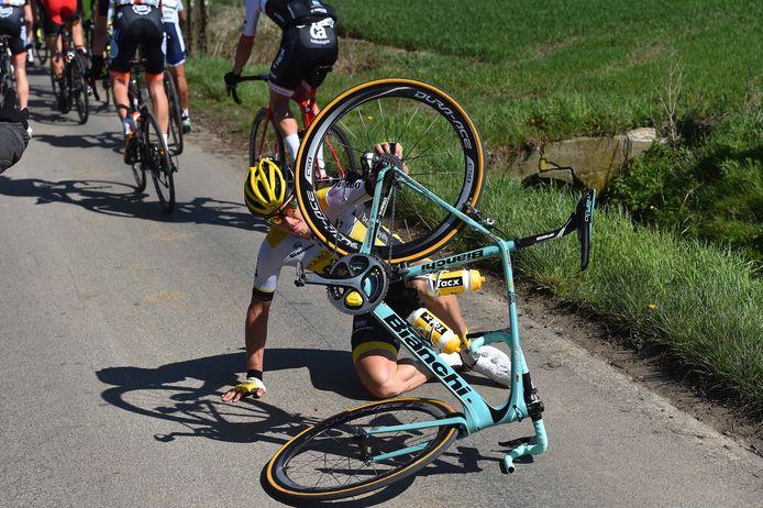 Ook Sep Vanmarcke was eerder in de koers tegen de grond gesmakt