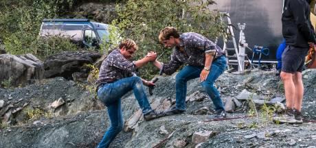 Zijn dat twee Ferry's in de gelijknamige Netflix-hit? Nee hoor, die ene is zijn stuntman!