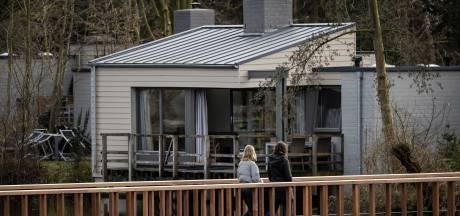'In de zomer betaal je de hoofdprijs voor vakantiehuisjes in Nederland'