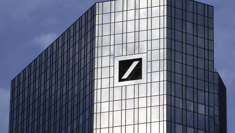 Het hoofdkantoor van de Deutsche Bank in Frankfurt. Beeld ap