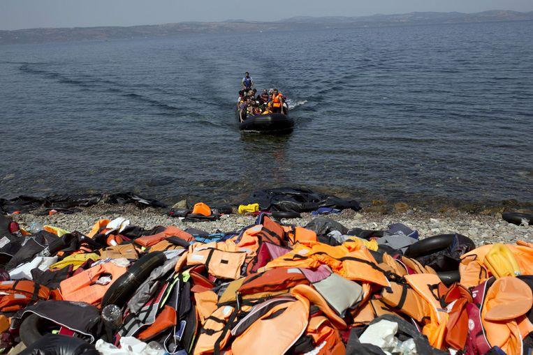 In 2015 bereikten veel asielzoekers over zee het Griekse eiland Lesbos.  Beeld AFP