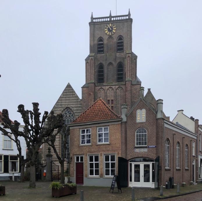 De 'echte' synagoge naast de kerk