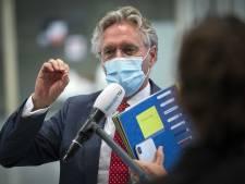 Burgemeester Jorritsma: virus wacht niet op mondkapjesplicht