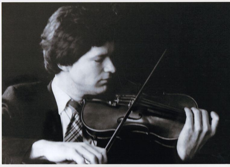 Xander Wadman als violist Beeld Foto's van de familie