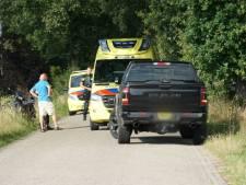 Bestuurder van snorscooter door onbekende oorzaak gewond geraakt aan Kappeweg in Wijhe