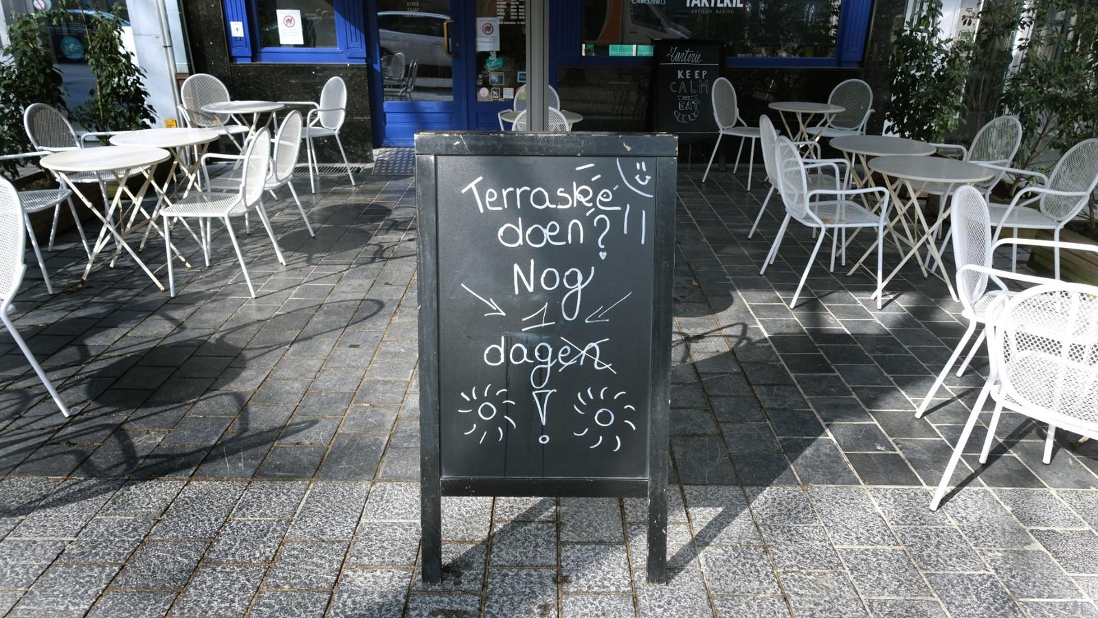 Nog één dag te gaan en ook het terras van Tarterie op de Grote Markt in Kortrijk heropent
