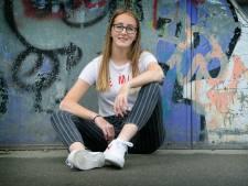 Nienke Timmers (14) heeft vitiligo: 'Ik ben trots op mijn vlekken'