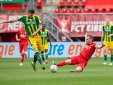 FC Twente-aanvoerder Wout Brama zet handtekening onder nieuw contract