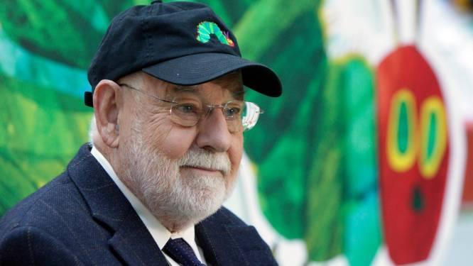 Schrijver en illustrator Eric Carle (91) van prentenboek Rupsje Nooitgenoeg overleden
