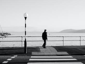Achterwaarts wandelen is een gewoonte in Japan. Gek, maar ook heel gezond? Kinesist legt uit