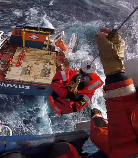 Berging Nederlands spookschip bij Noorwegen tot morgen uitgesteld door slecht weer