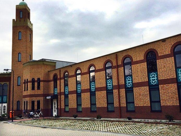 Moskee in Kortendijk Roosendaal Foto Alfred de Bruin