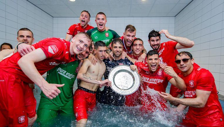 De spelers van FC Twente vieren het kampioensfeest Beeld BSR Agency