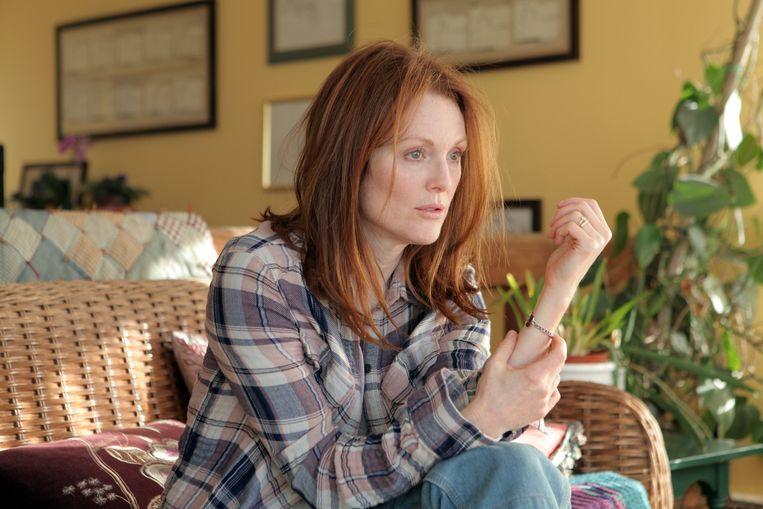 Julianne Moore kreeg een Oscar voor Beste Actrice voor de vertolking van de aan alzheimer lijdende professor Alice in 'Still Alice'. Beeld ap