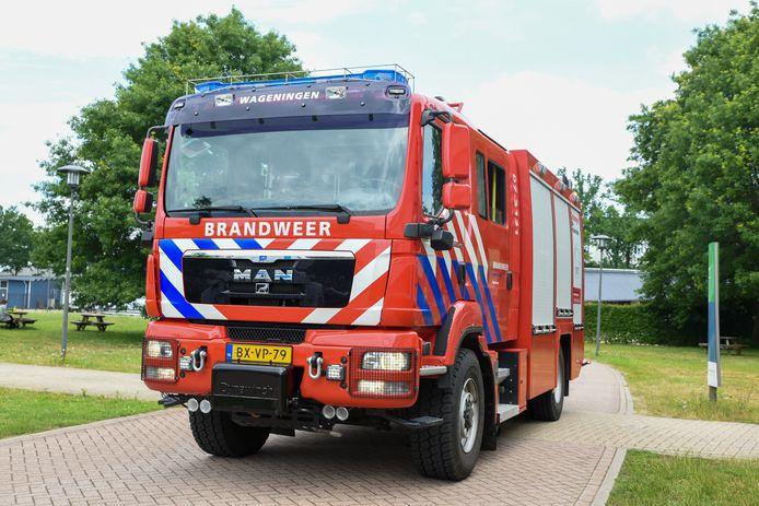 De brandweer rukte uit voor een vreemde lucht aan De Elst in Wageningen