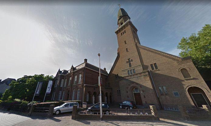 Dankzij een nieuwe functie voor de kerk straks weer een levendig Korvelplein?