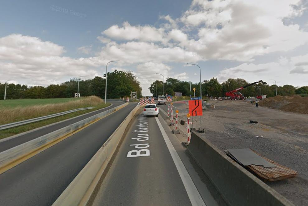 """Les bretelles de sortie numéro 8A """"Louvain-la-Neuve"""" de l'autoroute E411 et du parking P+R seront fermées jusque début septembre."""