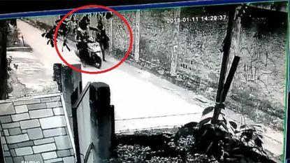 Bromfietser randt voetgangster aan, beelden choqueren #MeToo-beweging in moslimlanden