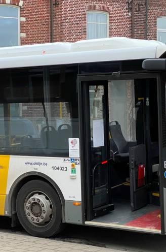 """Man (44) vervolgd voor aanranding van 14-jarig meisje op bus richting school: """"Ze was volledig verstijfd en durfde niet te reageren"""""""