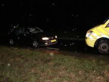 Voetganger geschept door auto in Gameren, zwaargewond naar ziekenhuis