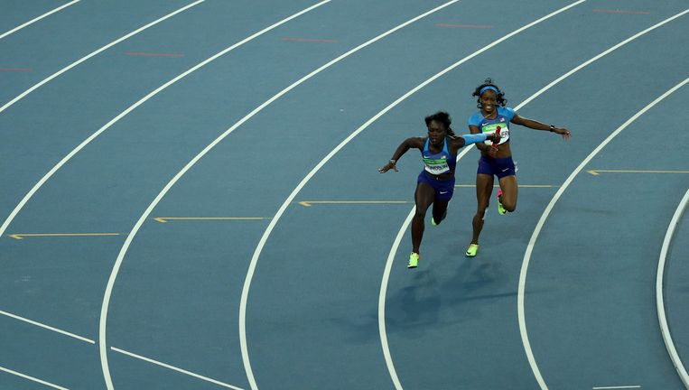 De Amerikaanse dames mogen het nog eens proberen, de piste voor hen alleen. Beeld Getty Images