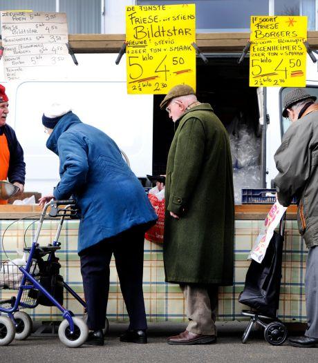 De Velpse weekmarkt blijft toch op Den Heuvel