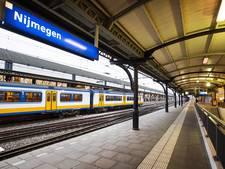 Zwartrijder mishandelt conducteur op Nijmeegs station