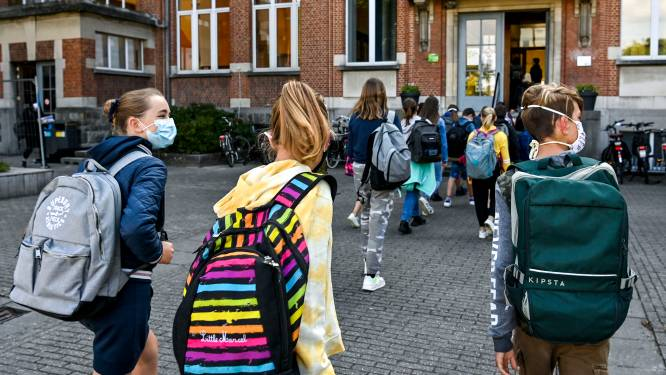 LIVE. Scholen opnieuw open, maar halftijds afstandsonderwijs voor tweede en derde graad secundair blijft behouden