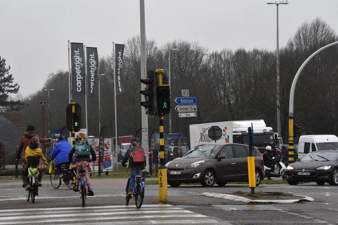 Eén van de zwarte kruispunten op de Ring in Turnhout