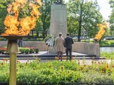 Hier in Oost-Nederland kun je virtueel een bloemetje leggen tijdens Dodenherdenking