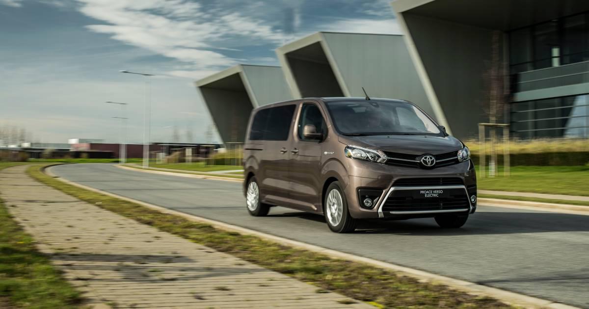 Batterijbus met goede cijfers: is deze Toyota echt de beste van de klas? - AD.nl